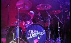 The-Darkness_09